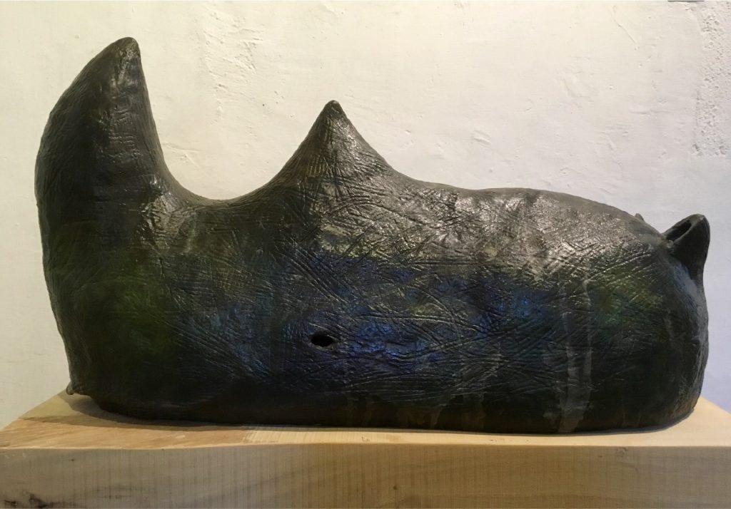 rhino bronce b